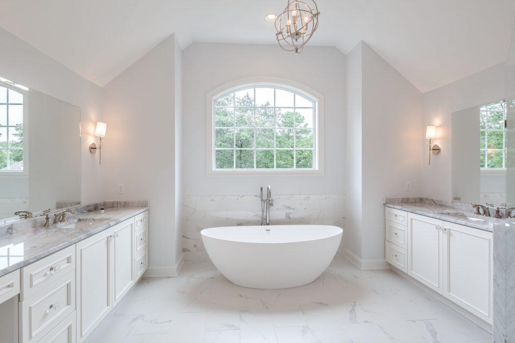 Cliff Swallow Drive - Bathroom